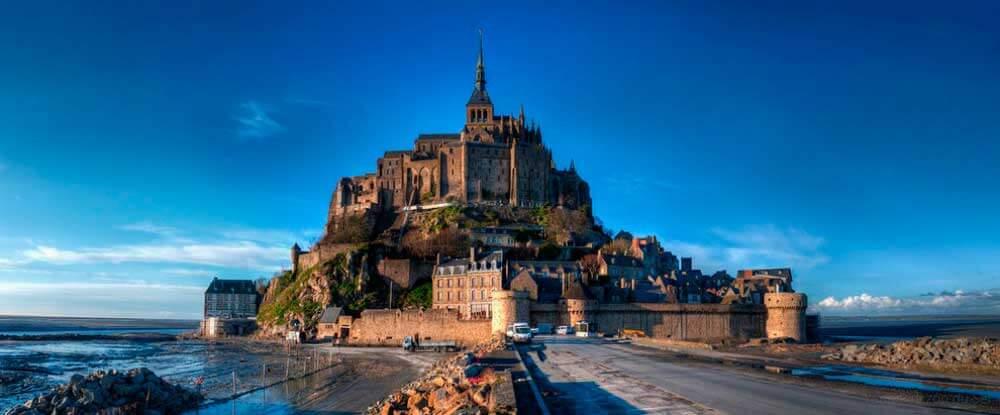 lugares-increibles-sacados-de-cuentos-saint-michel-francia